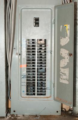 Web-Myth-1---breaker-box.jpg